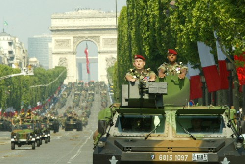 Défilé militaire 14 juillet.jpg